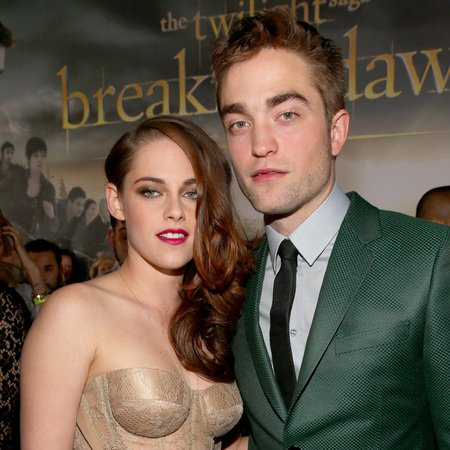 Robert Pattinson and Kristen Stewart to announce their split after Twilight DVD has been released?