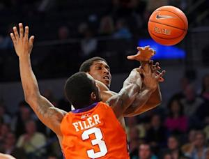 Clemson holds on to defeat Georgia Tech 56-53