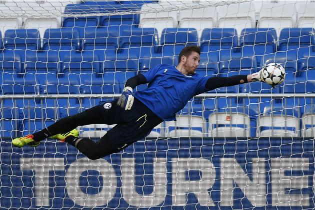 Schalke 04's goalkeeper Ralf Fahrmann attends a training session at the Santiago Bernabeu stadium in Madrid