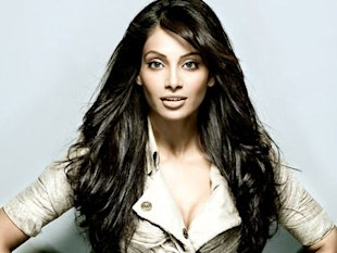 Bold and Beautiful Bollywood Actresses