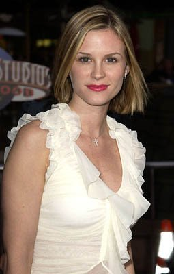 Premiere: Bonnie Somerville at the LA premiere of Universal's The Scorpion King - 4/17/2002