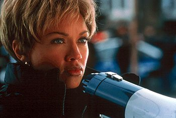 Vanessa L. Williams plays a determined hostage negotiator in Light It Up