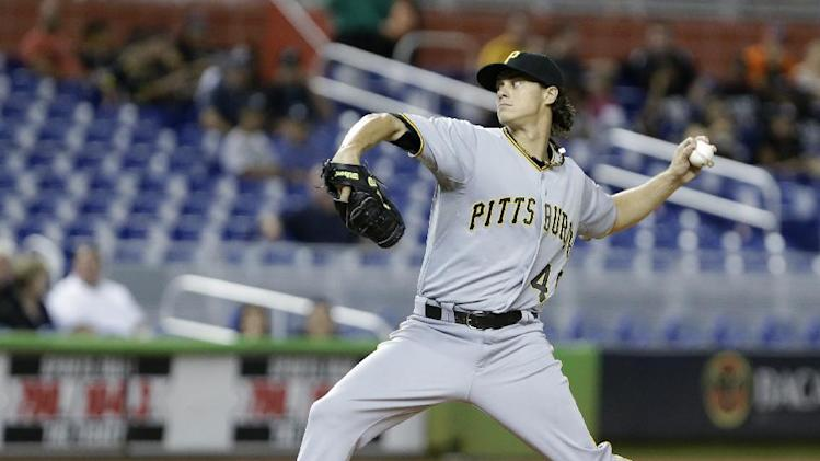 Henderson Alvarez pitches Miami past Pirates, 2-0