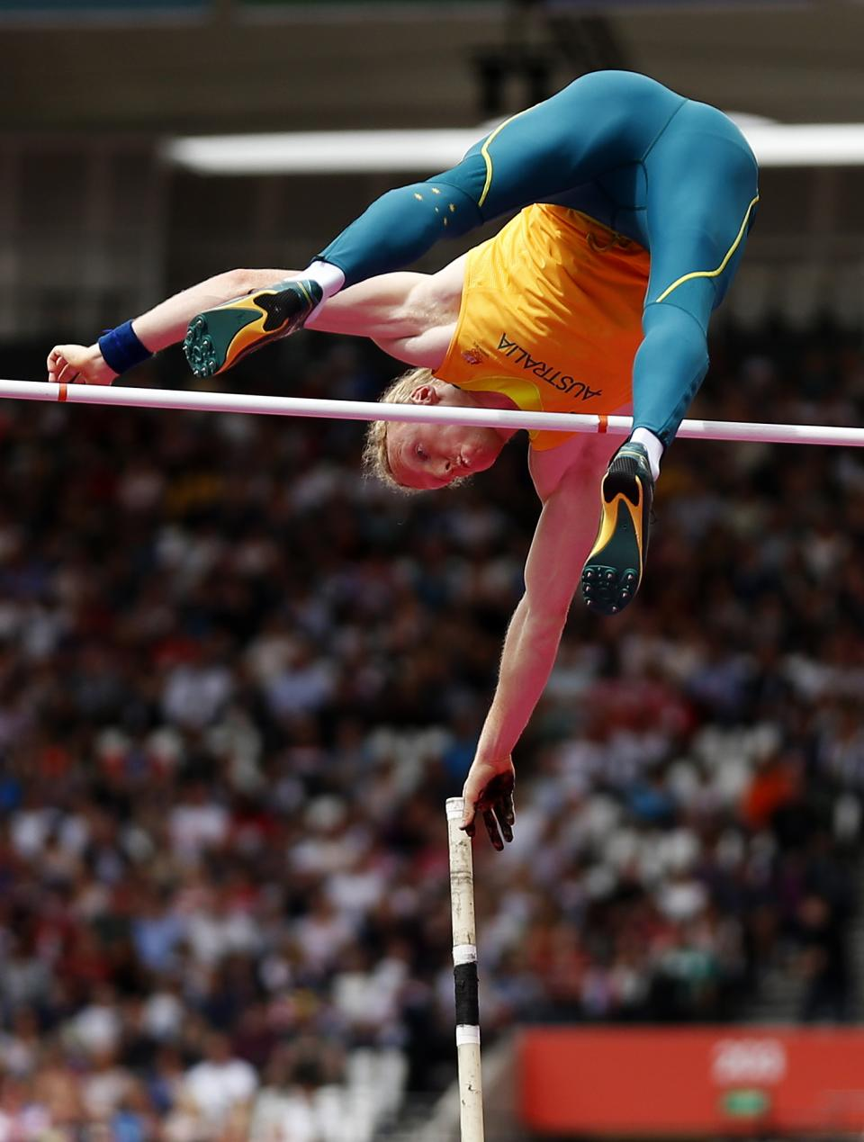 Australia's Steven Hooker competes in a men's pole vault qualification round during the athletics in the Olympic Stadium at the 2012 Summer Olympics, London, Wednesday, Aug. 8, 2012. (AP Photo/Matt Dunham)