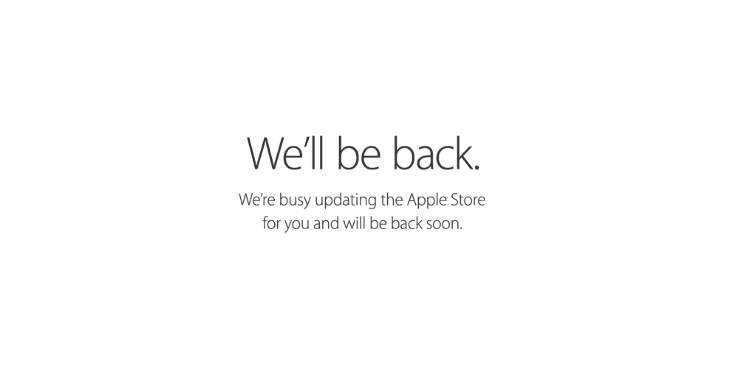 Apple temporarily halts Russian online sales over currency issues
