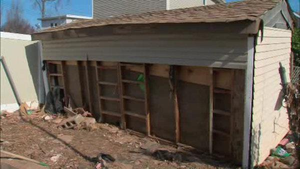 Sandy victims can't find temporary FEMA housing