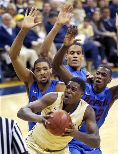 Pitt crushes DePaul 93-55 to win 4th straight