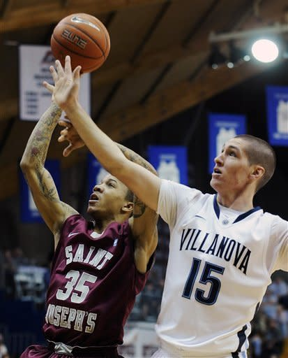Villanova gets 65-61 win over Saint Joseph's