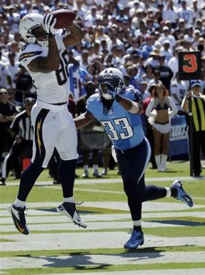 Rosario has 3 TD catches in Bolts' 38-10 win