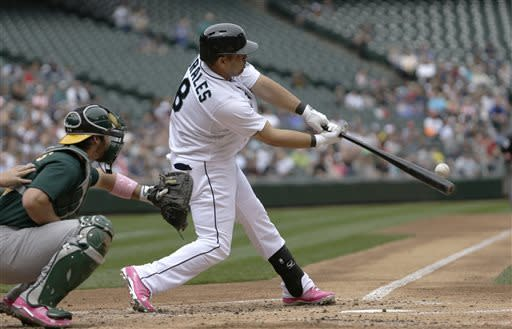 Saunders 9-0 at Safeco, leads M's over A's 6-1