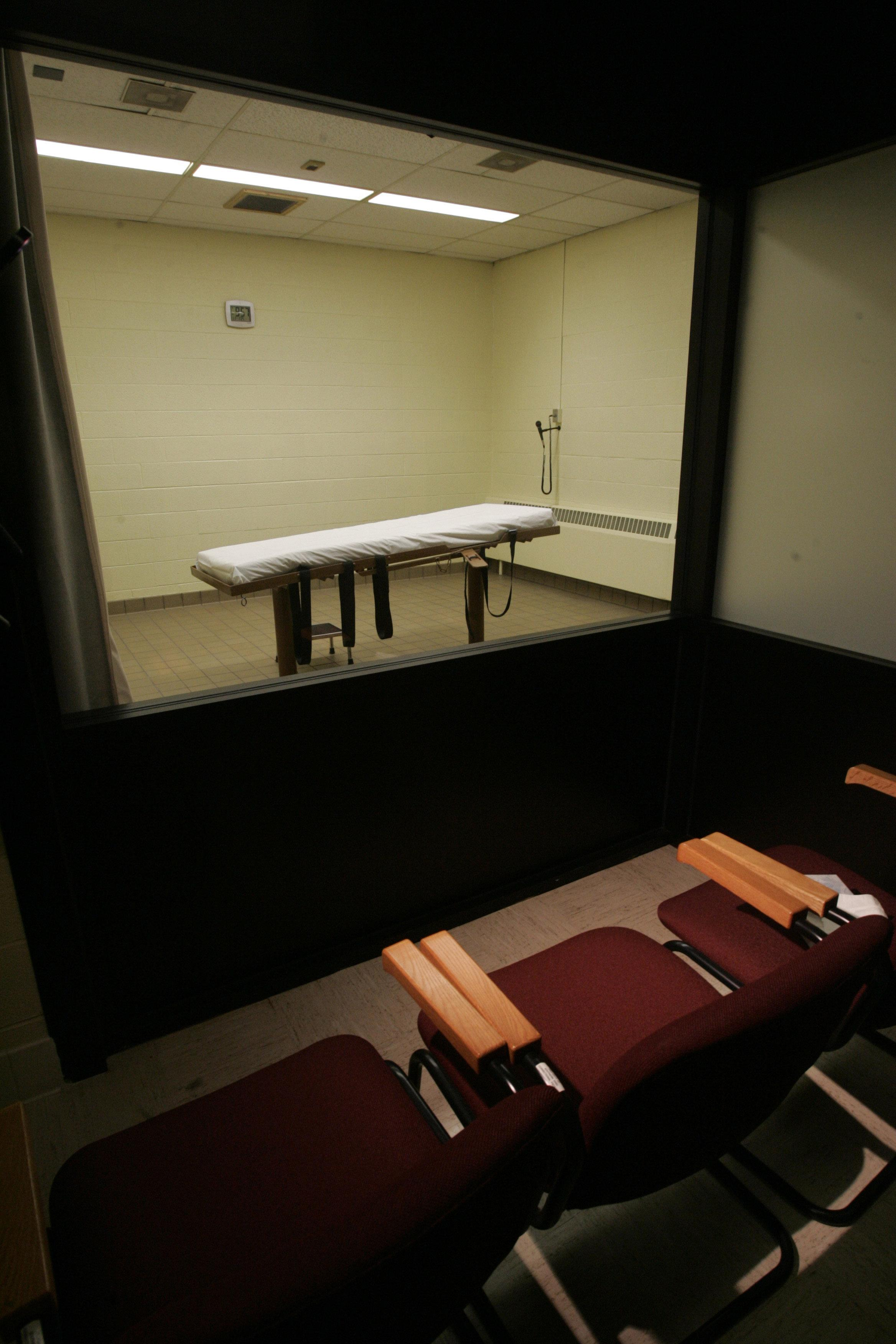 Pharmaceutical firm wants lethal injection drugs returned
