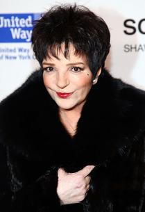 Liza Minnelli | Photo Credits: Astrid Stawiarz/Getty Images