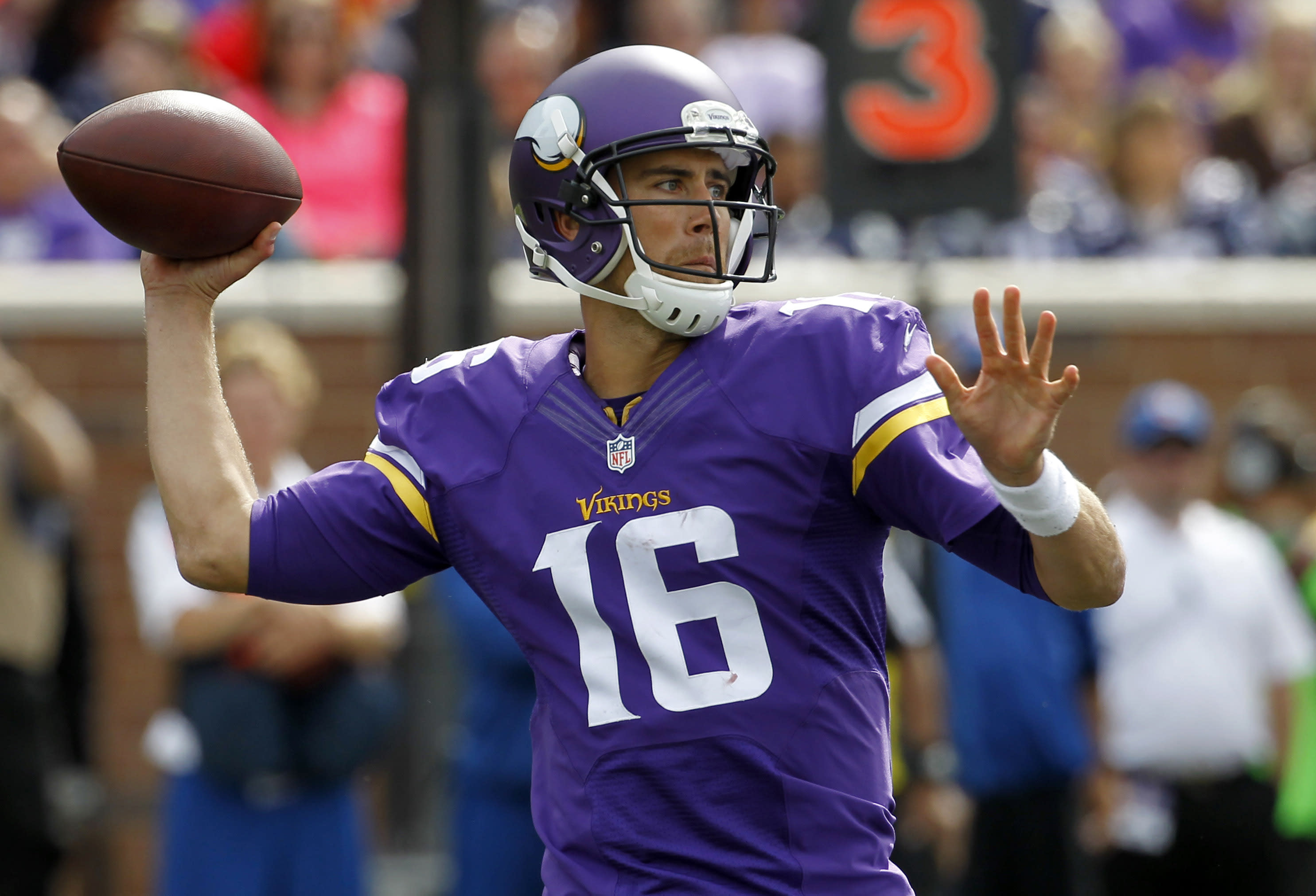 Vikings agree to trade Cassel to Bills
