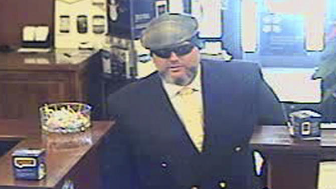 Australian man stands trial for Wyo. bank robbery