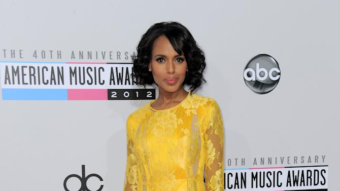 """Kerry Washington, from the ABC series """"Scandal,"""" arrives at the 40th Anniversary American Music Awards on Sunday, Nov. 18, 2012, in Los Angeles. (Photo by Jordan Strauss/Invision/AP)"""