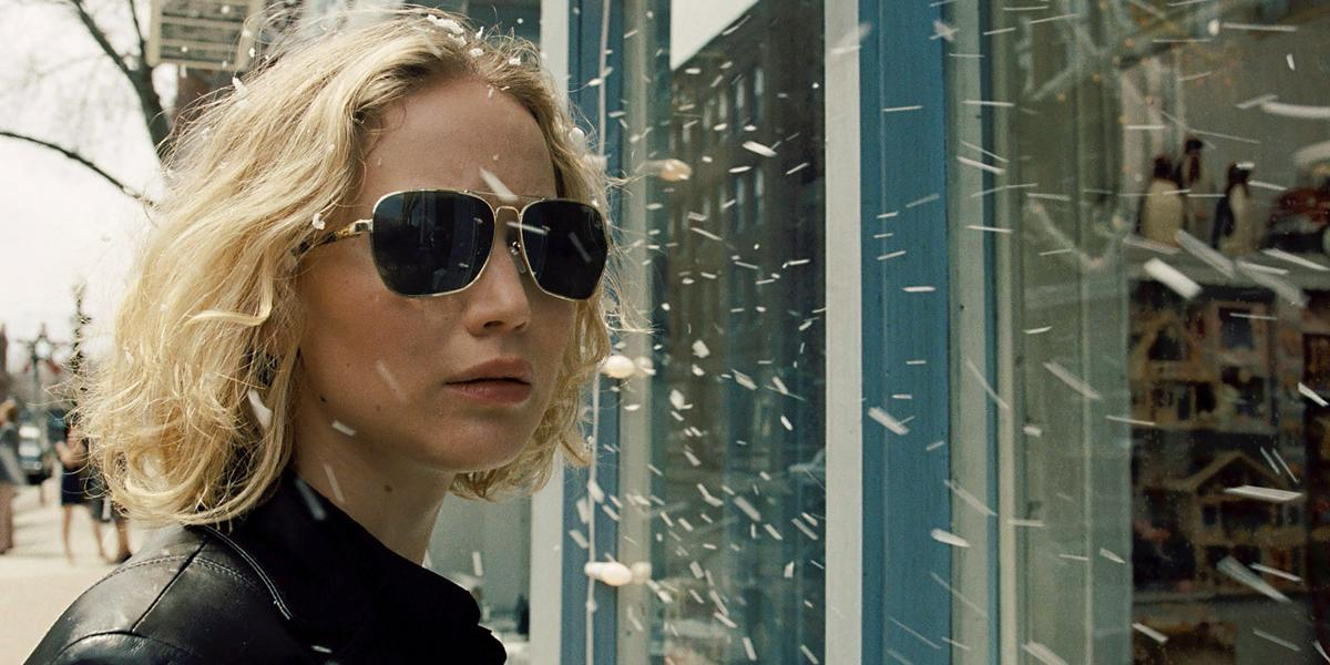 Jennifer Lawrence builds a business empire from nothing in new 'Joy' trailer
