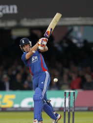 Craig Kieswetter hopes a change in venue will help England's World T20 campaign