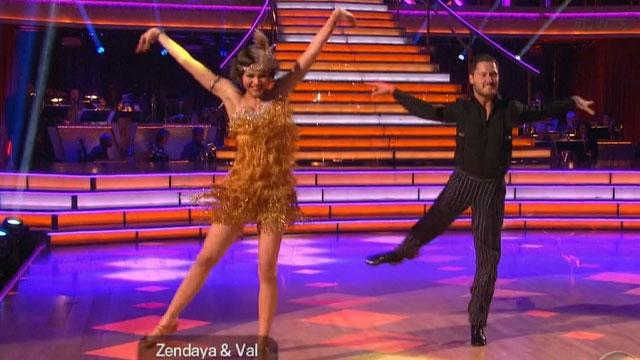 Zendaya Maintains 'DWTS' Lead in Week 2