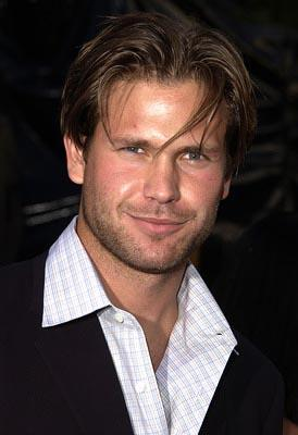 Premiere: Matthew Davis at the LA premiere of Universal's Blue Crush - 8/8/2002