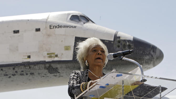 "Nichelle Nichols, the actress who portrayed Lt. Uhura on the 1960s televesion series ""Star Trek,"" speaks after the Space Shuttle Endeavour lands aboard a NASA Boeing 747, at the conclusion of its last flight at Los Angeles International Airport Friday, Sept. 21, 2012.  In a few weeks Endeavour will be towed through city streets to its new home at the California Science Center in downtown Los Angeles. (AP Photo/Reed Saxon)"