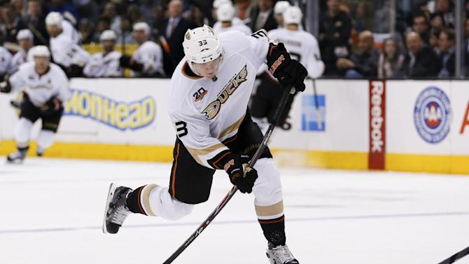 Ducks re-sign F Jakob Silfverberg to 1-year deal