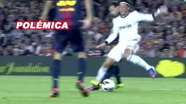 El posible penalti a Ozil