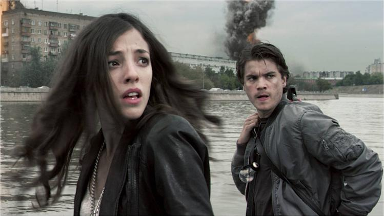 The Darkest Hour 2011 Summit Entertainment Olivia Thirlby Emile Hirsch