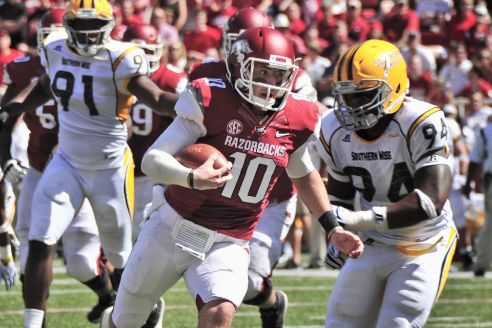 Bielema: Allen a game-time decision, Derby ready