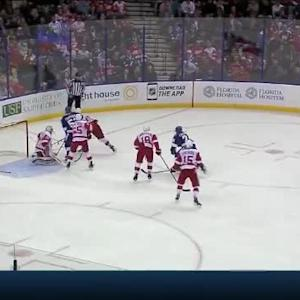 Petr Mrazek Save on Jason Garrison (09:58/2nd)