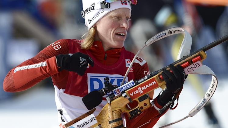 Norway's Tora Berger competes in the women's 10 km pursuit competition of the IBU World Cup Biathlon event in Kontiolahti, Finland, Sunday, March 16, 2014. (AP Photo/Heikki Saukkomaa, LEHTIKUVA) FINLAND OUT. NO THIRD PARTY SALES.