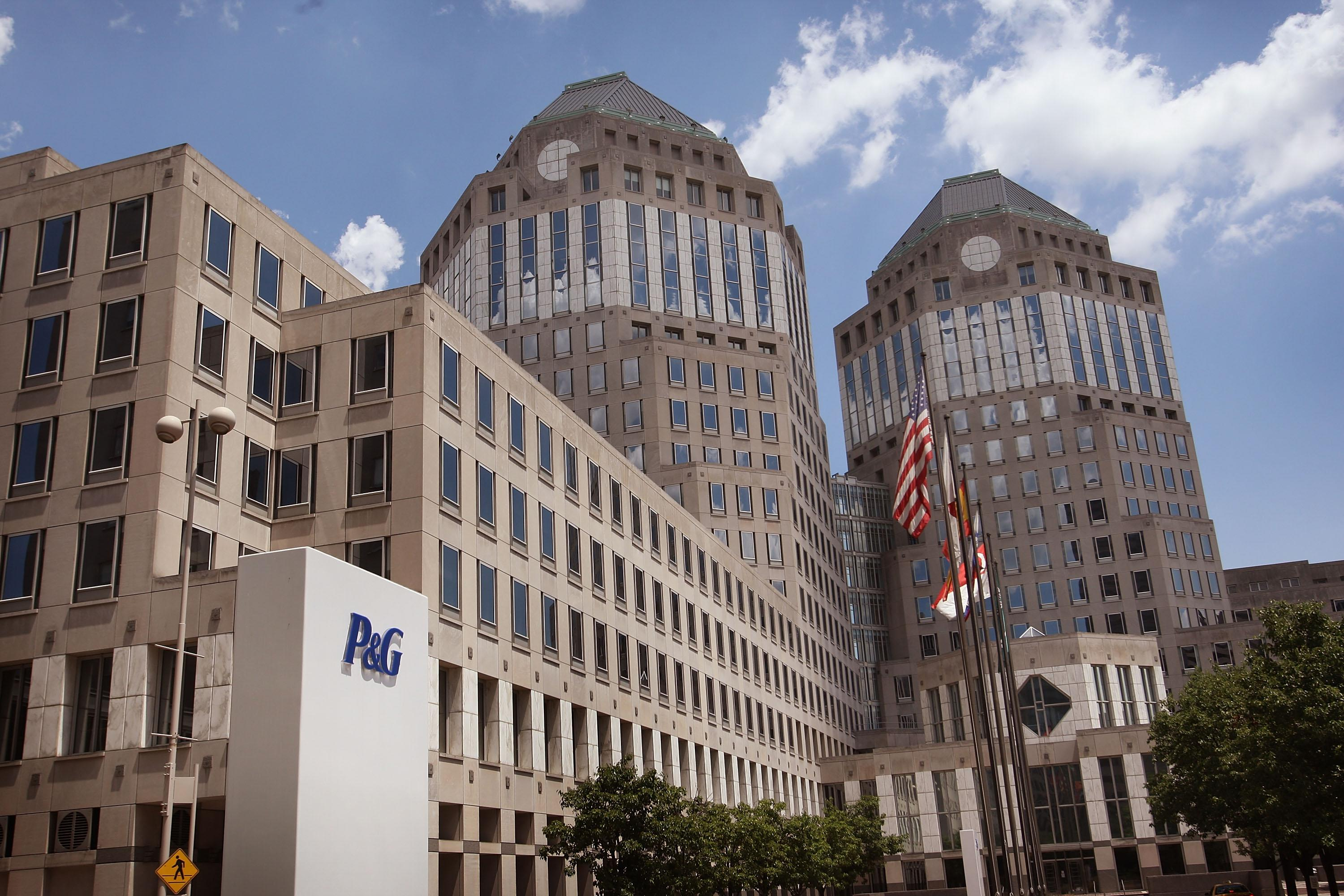 P&G earnings sink on strong dollar