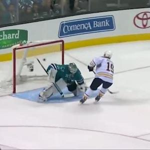 Cody Hodgson beats Niemi in shootout