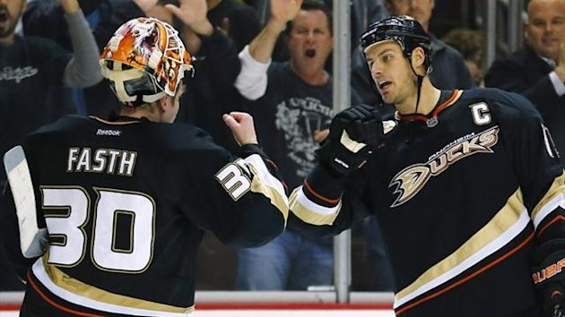 Anaheim Ducks center Ryan Getzlaf and Viktor Fasth (Reuters)