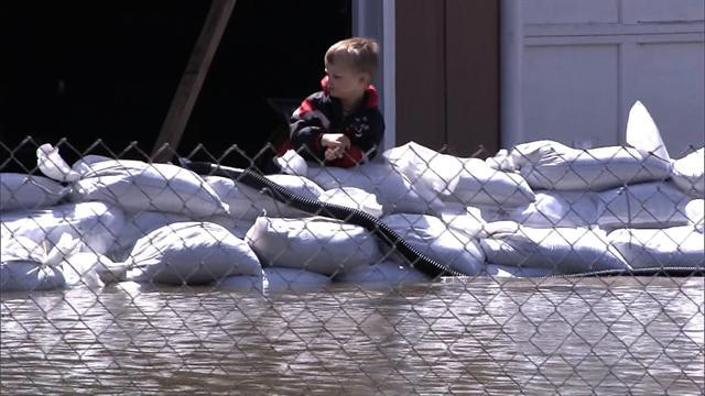 Midwest spring flooding continues