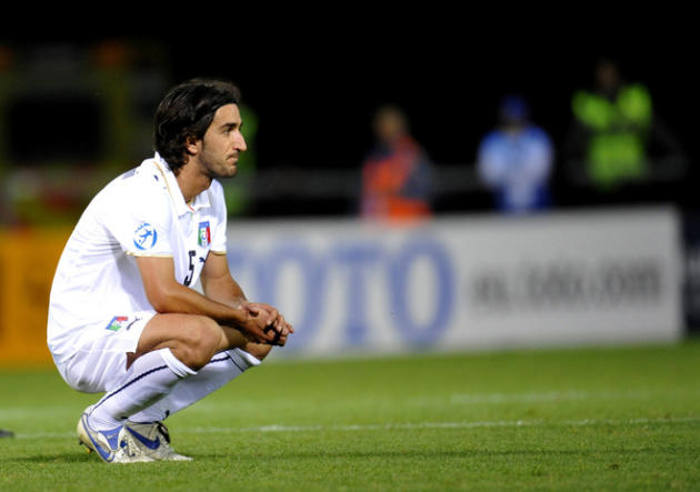 Italian Player Piermario Morosini (C) Reacting AFP/Getty Images