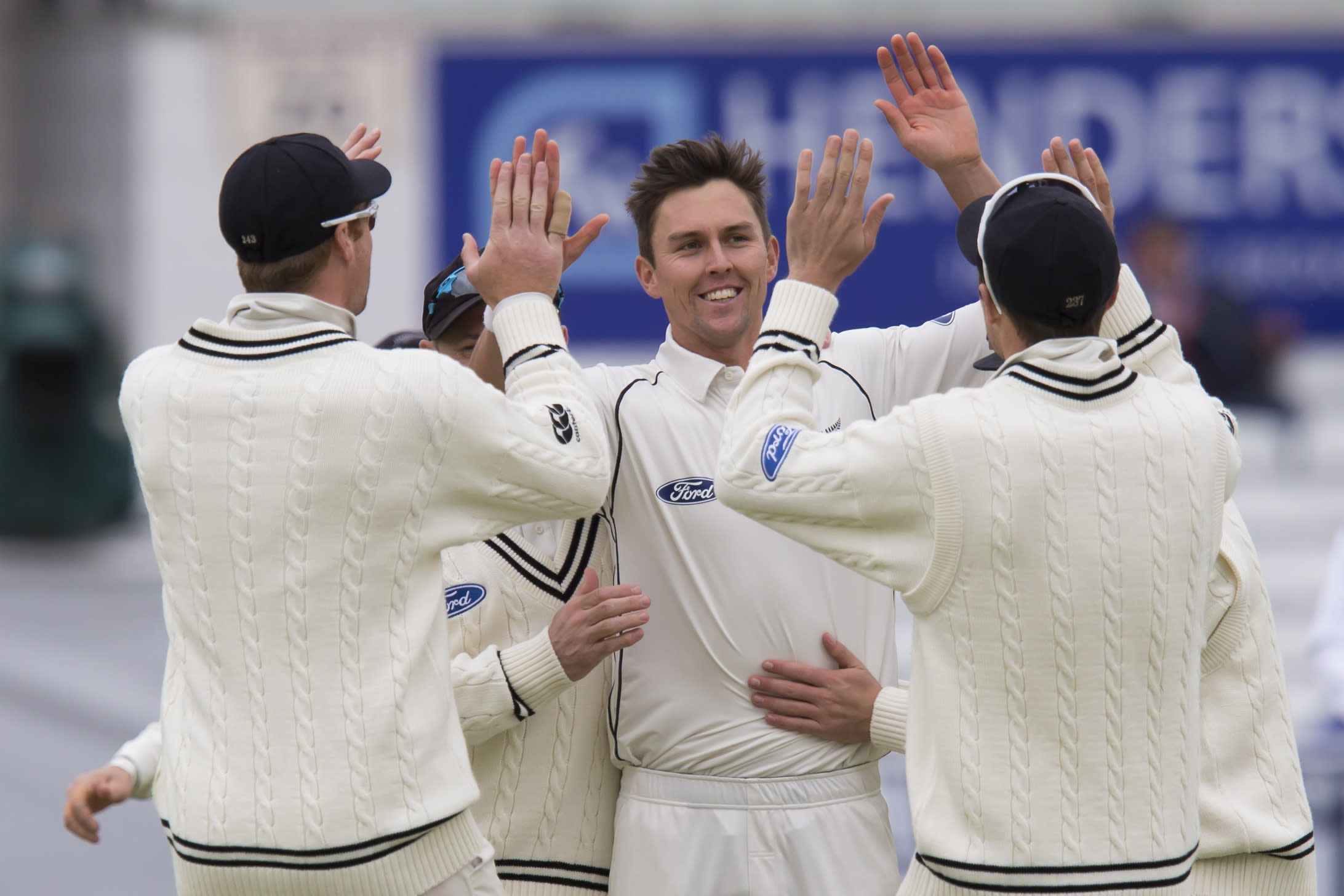 New Zealand 2 wickets away from beating England in 2nd test