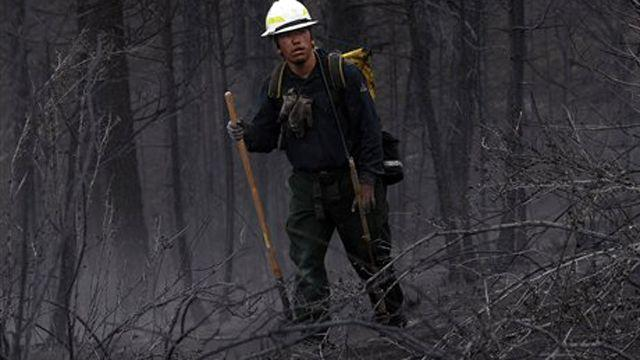 Firefighters making progress against Colo. wildfires