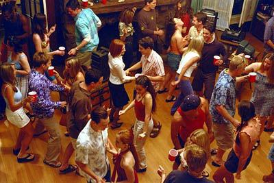 Everybody gets down with their bad selves at a big ol' party in Universal's American Pie 2
