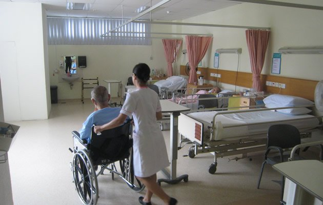 Ministry of Health (MOH) will be reviewing the salary structure of healthcare staff next month. (Yahoo! file photo)