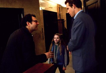 Director Adam Brooks . Abigail Breslin and Ryan Reynolds on the set of Universal Pictures' Definitely, Maybe