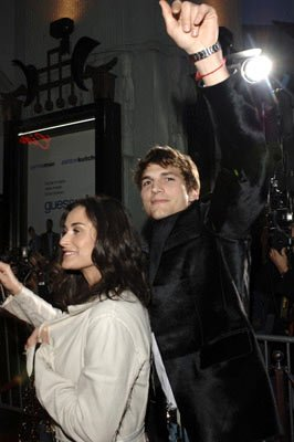 Premiere: Ashton Kutcher and Demi Moore at the Hollywood premiere of Columbia Pictures' Guess Who - 3/13/2005
