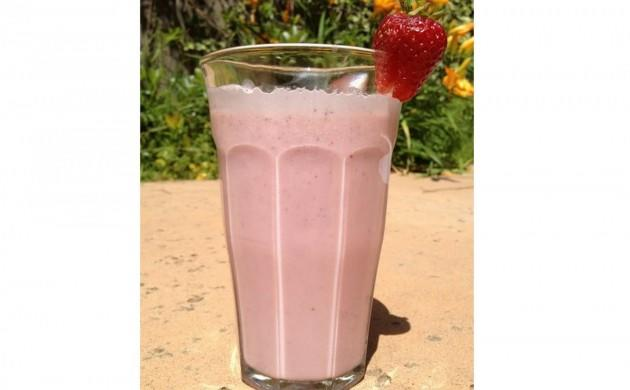 Instead of Chocolate Milk, TRY: Fresh Strawberry Milk