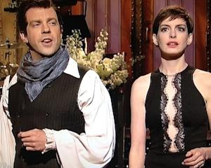 Anne Hathaway Hosts Saturday Night Live: Watch Video of the Best and Worst Sketches