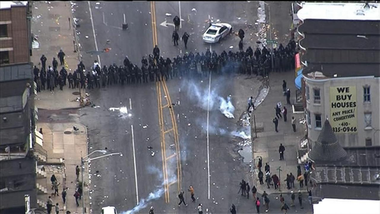 Freddie Gray's Family Calls for End to Baltimore Chaos