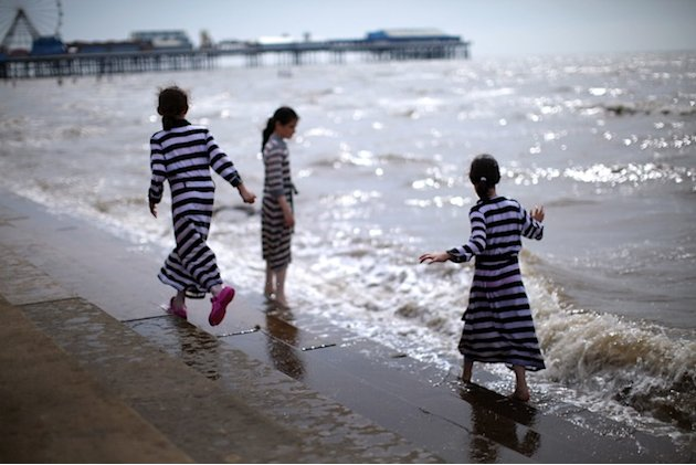 Blackpool kids on beach