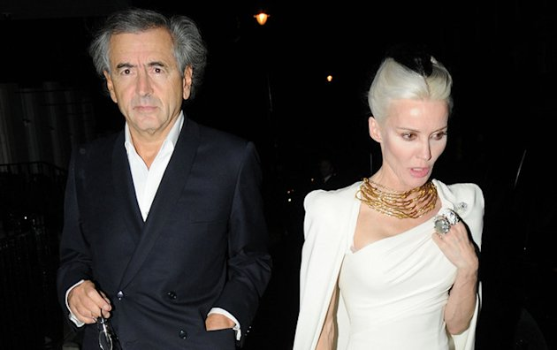 Bernard-Henri Lvy et Daphne Guinness ensemble  un dner