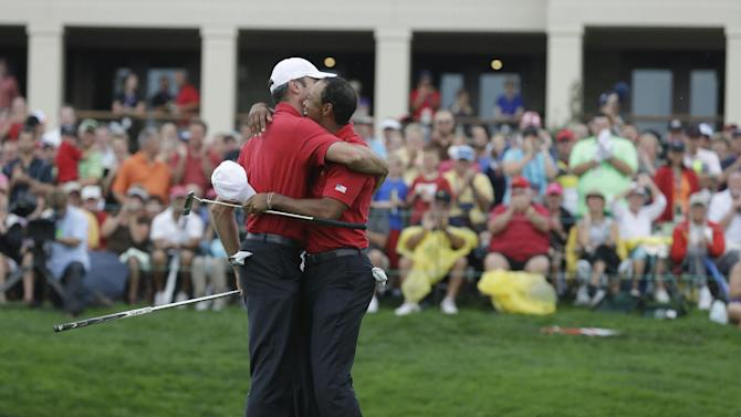 Americans seize control in Presidents Cup