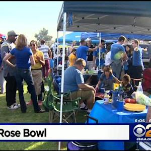 Fans Tailgate Before USC-UCLA Game