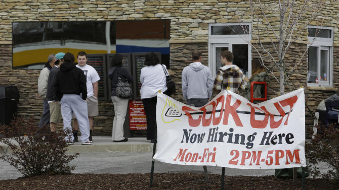 US unemployment aid applications jump to 385,000