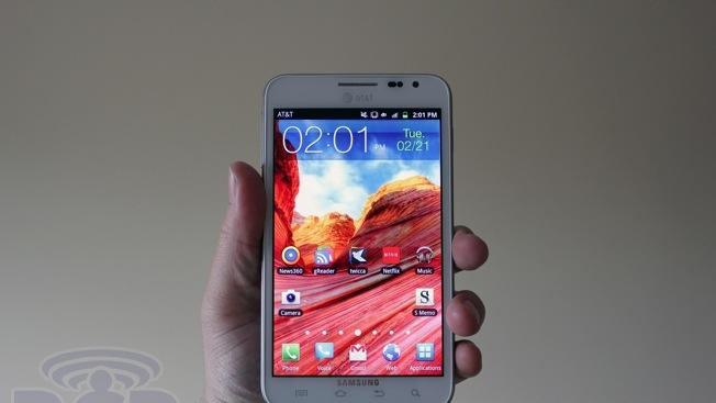 Samsung's big ambitions: Smartphones with 560 ppi in 2014, 4K displays in 2015